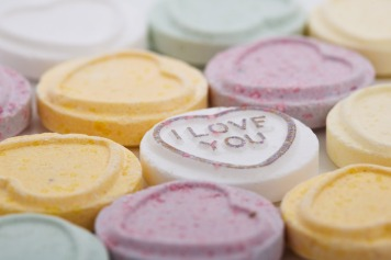 sugar-candy-hearts-11297354965W6u